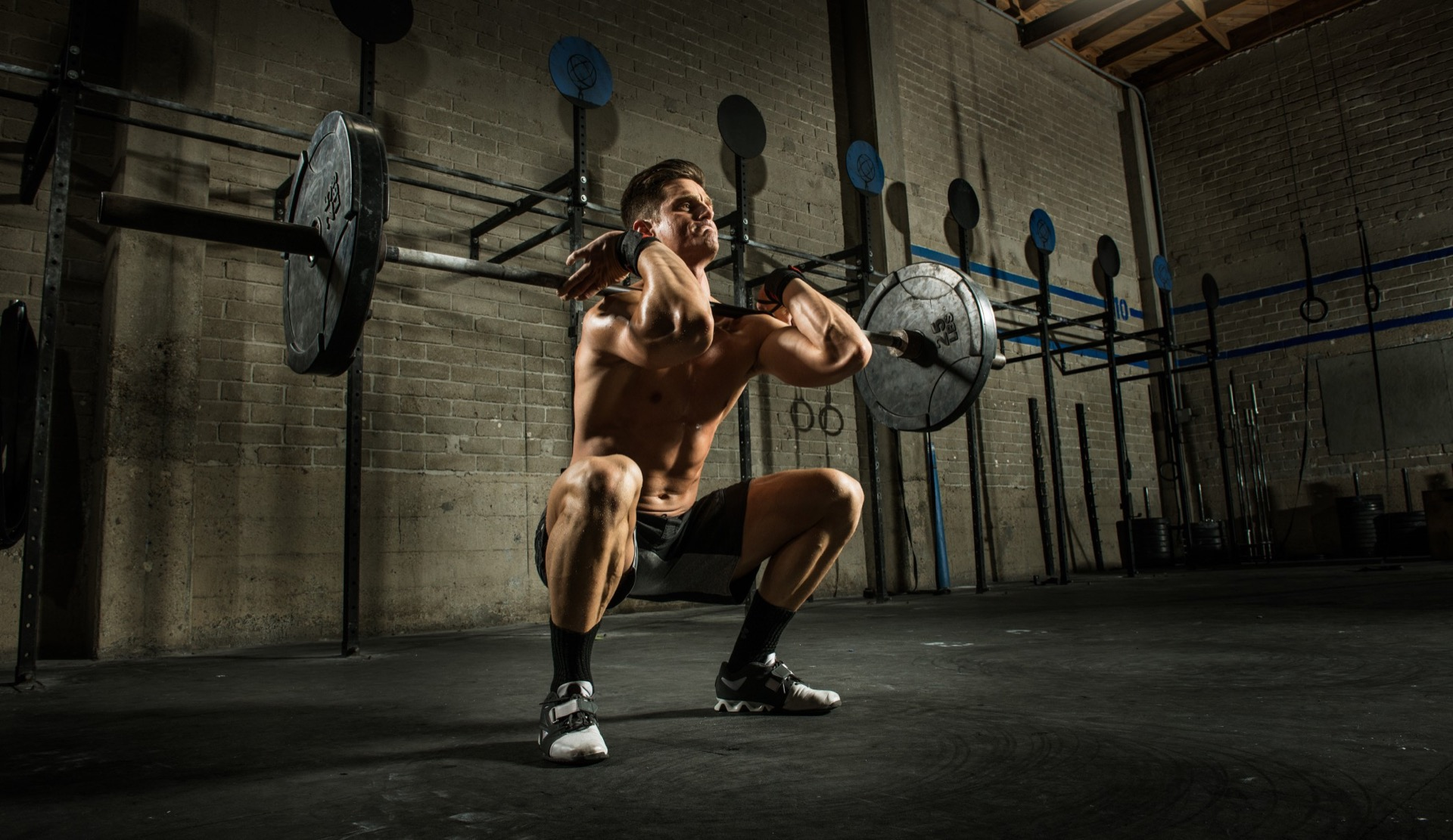 squat-front-barbell