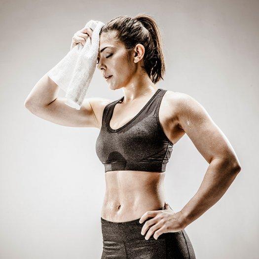 sweaty-woman-workout-clothes_3